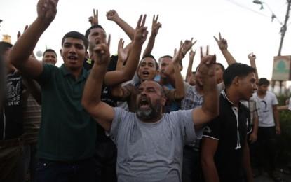 Israelenses e palestinos acertam cessar-fogo por tempo indeterminado em Gaza