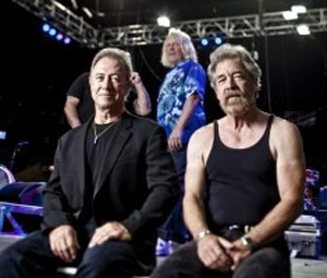 Stu Cook e Doug 'Cosmo' Clifford, baixista e baterista do Creedence Clearwater Revisited (Foto: Divulgação)