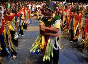 Photo of Boi de reis e maculelê encerram programação de cultura popular em Tambaú