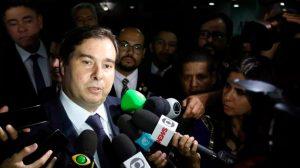 Rodrigo Maia diz a Jair Bolsonaro