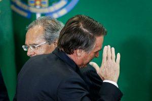 Bolsonaro diz que aceitar seu desconhecimento em ·reas È sinal de humildade