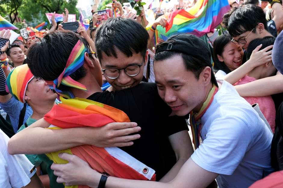 Taiwan aprovam casamento homoafetivo,