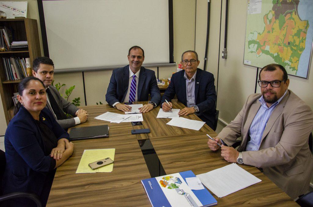 Photo of PMJP e CDL firmam parceria para promover conscientização sobre licenciamento ambiental