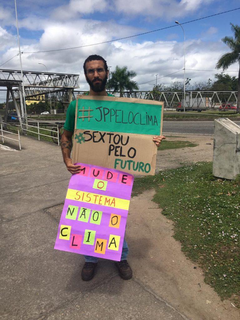 Photo of Ativistas em JP participam de protesto global contra mudanças climáticas