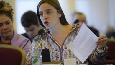 """Photo of """"Imbecil é tu, machista"""": Fernanda Melchionna responde xingamentos de deputado em entrevista"""