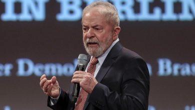 Photo of Lula elogia governadores, mas diz que Bolsonaro não faz a sua parte e precisa sair