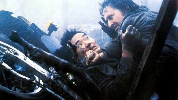 Cena do filme Chuva Negra (1989). Imagem: Reprodução / Paramount