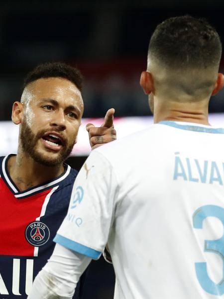 Neymar acusa Álvaro González de racismo em campo. Foto: UOL Esportes