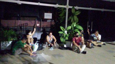 Photo of Alunos da UFPB se acorrentam na porta da reitoria em protesto contra nomeação de novo reitor