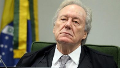 Photo of Lewandowski rejeita pedido de senadores para barrar Renan Calheiros da relatoria da CPI