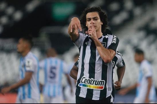 Matheus Nascimento, joia da base do Botafogo. Imagem: Reprodução Instagram @m.nascimento_09